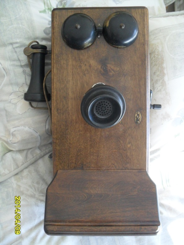 Antique telephone  2